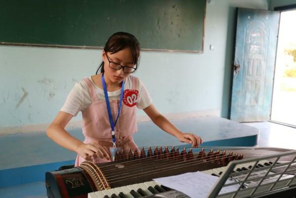 钢琴弹唱.jpg